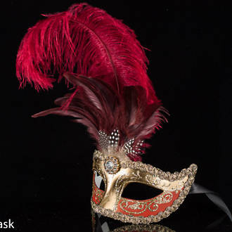 Venetian Masquerade Feather Mask Colombina Ciuffo Sisi Gold - Red/burgundy